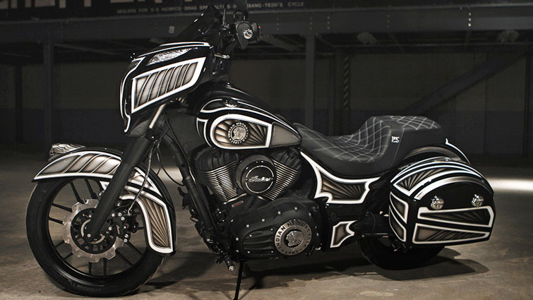 2017 IndianR Chieftain Dark HorseR CUSTOM BUILD BAGGER