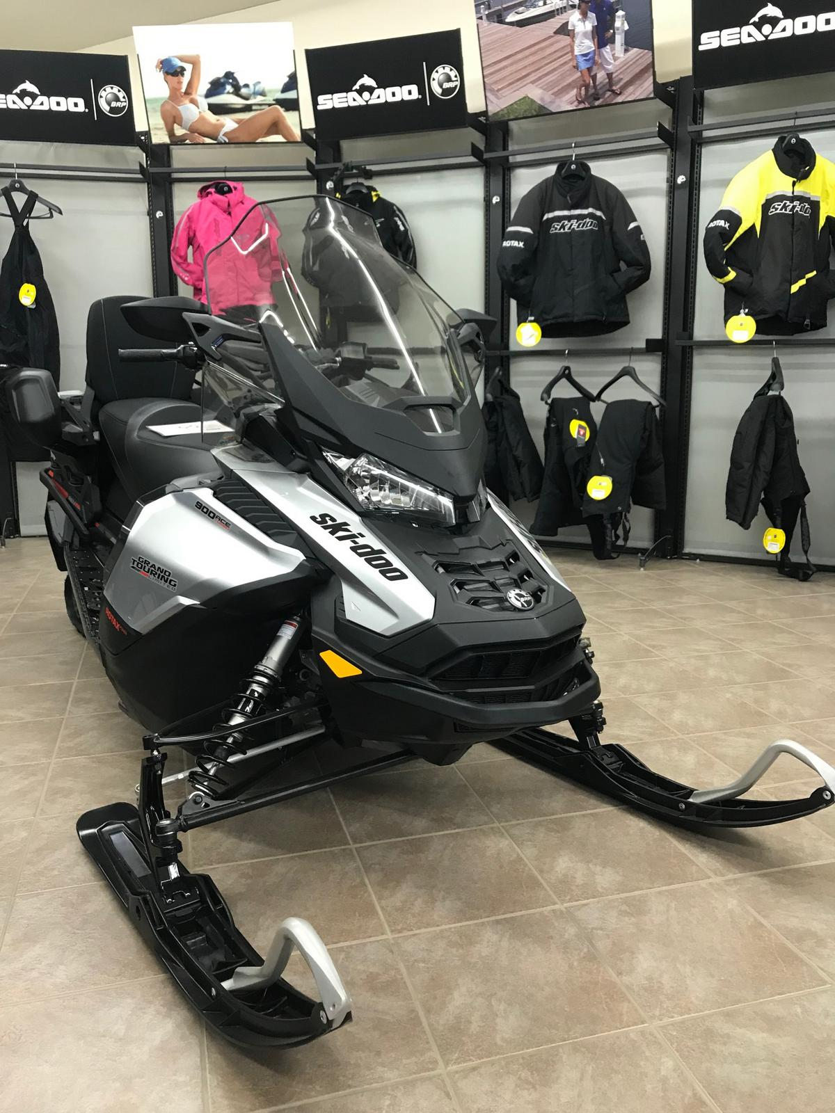 2019 Ski-Doo Grand Touring Ltd  900 ACE Turbo E-Start