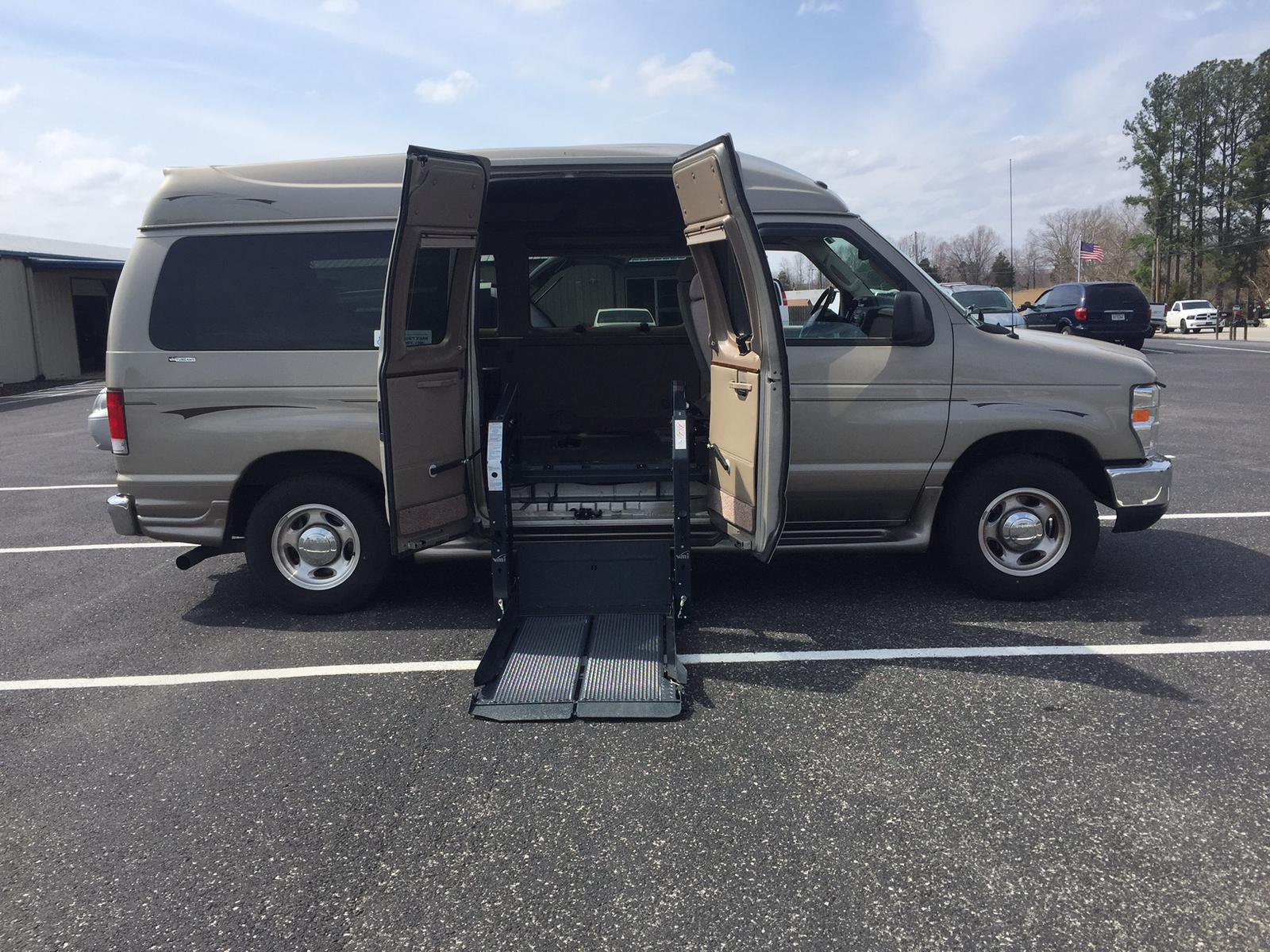 2014 ford ford e150 tuscany rr rd conversion ricon clearway power door ops apple independence mobility cookeville tn 877 528 5788