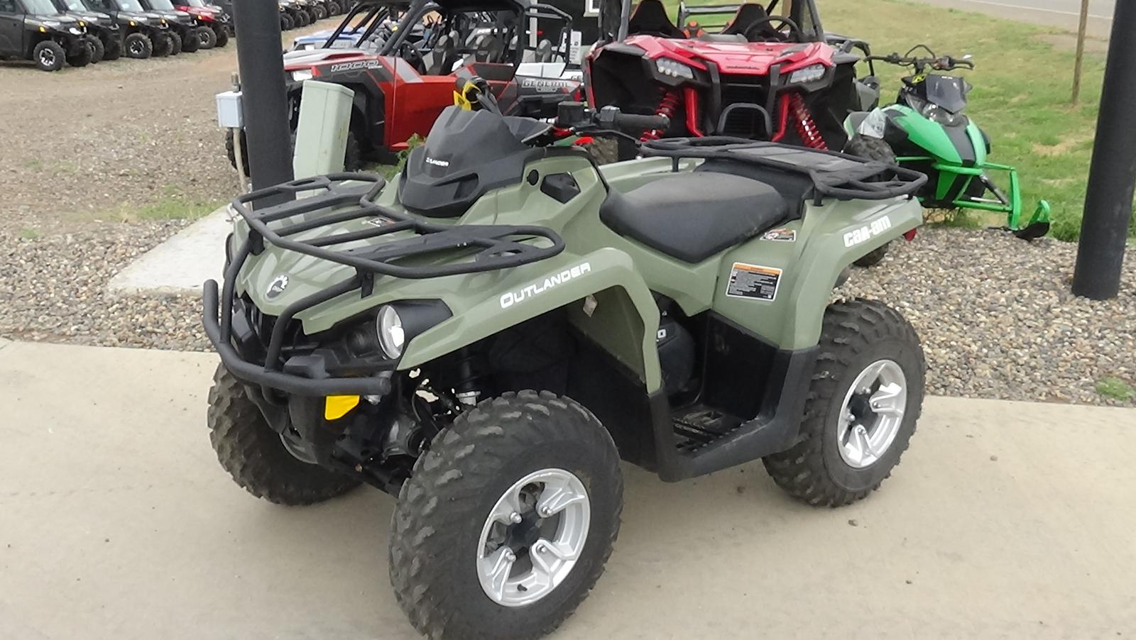2019 can-am outlander