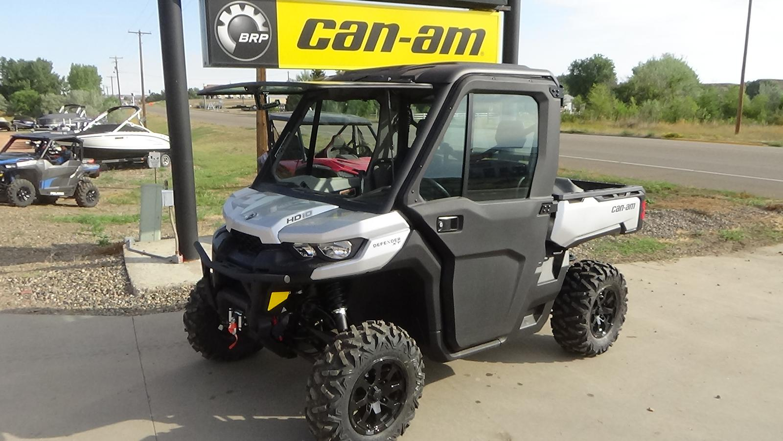 2019 can-am defender xt� cab hd10
