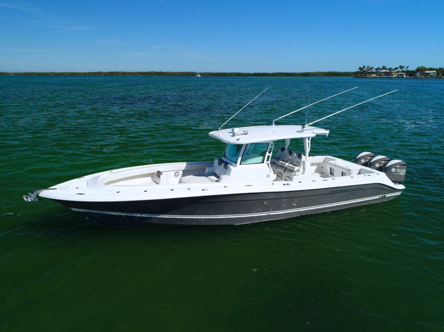 2018 Hydra Sports Custom 39 Speciale for sale in Palm Beach Gardens ...