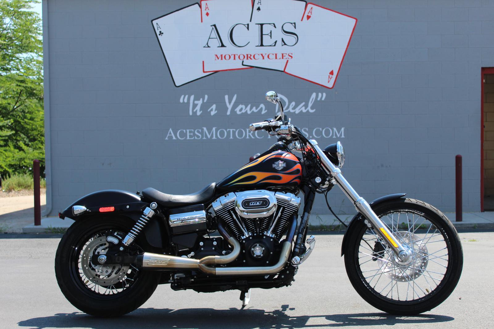 2017 Harley-Davidson® Dyna Wide Glide
