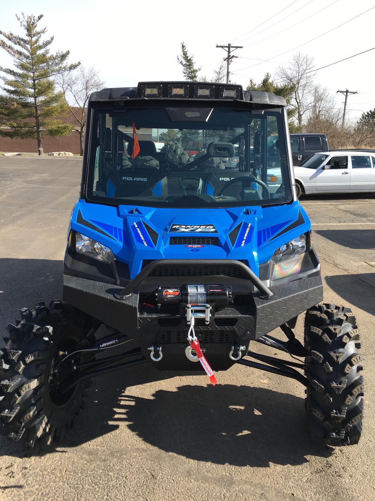 2016 Polaris Industries RANGER CREW® XP 900-5 EPS - Velocity Blue