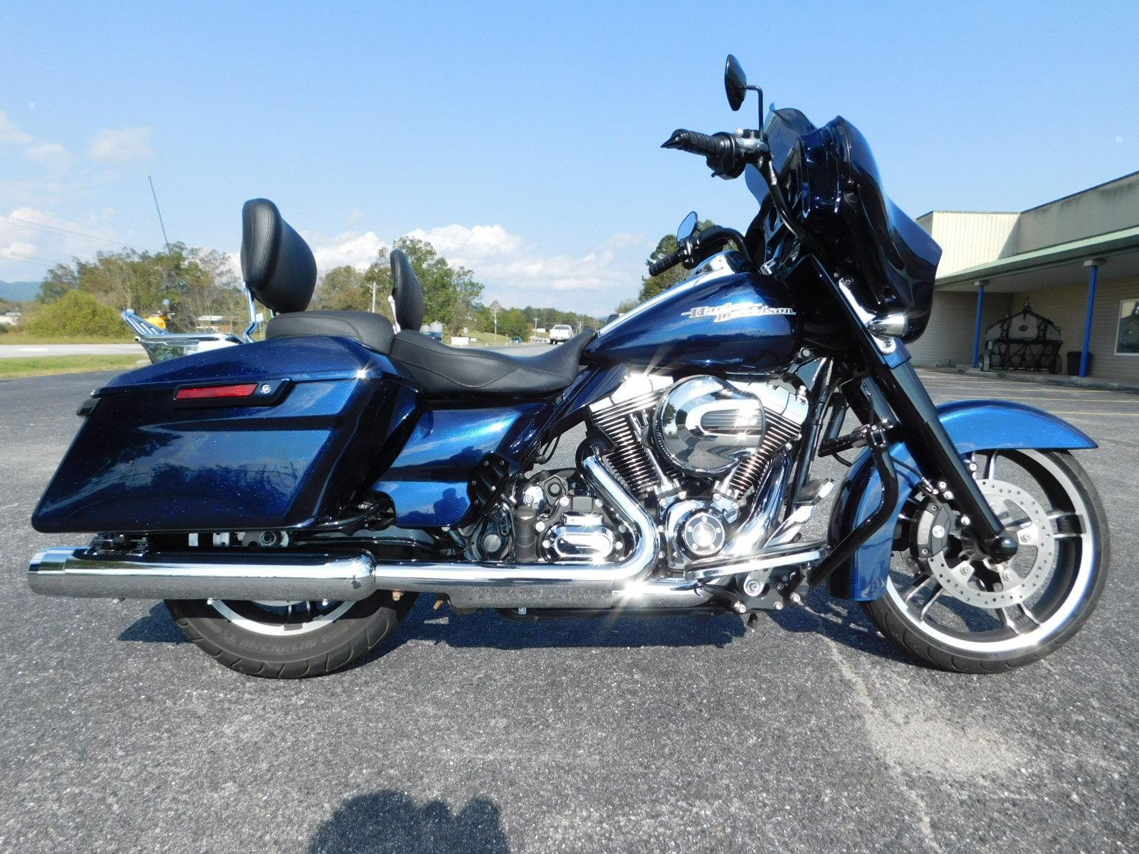 2014 Harley Davidson FLHXS Street Glide Special Color Option for
