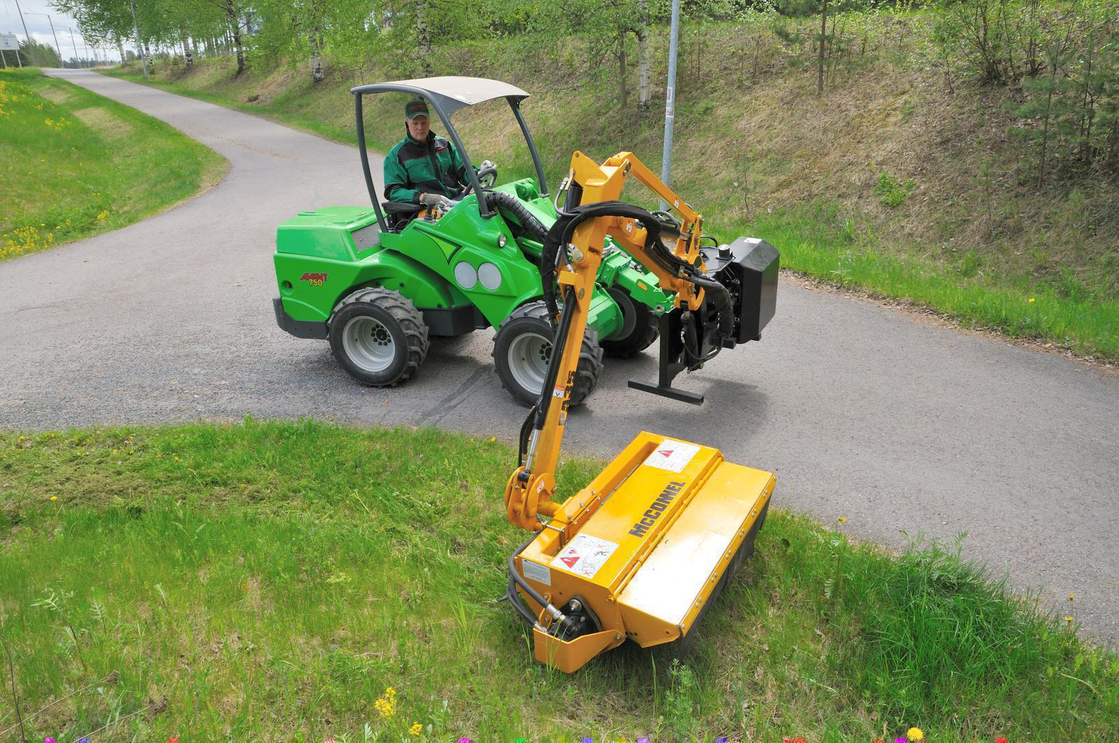 Avant 2019 Flail Mower with Hydraulic Boom for sale in
