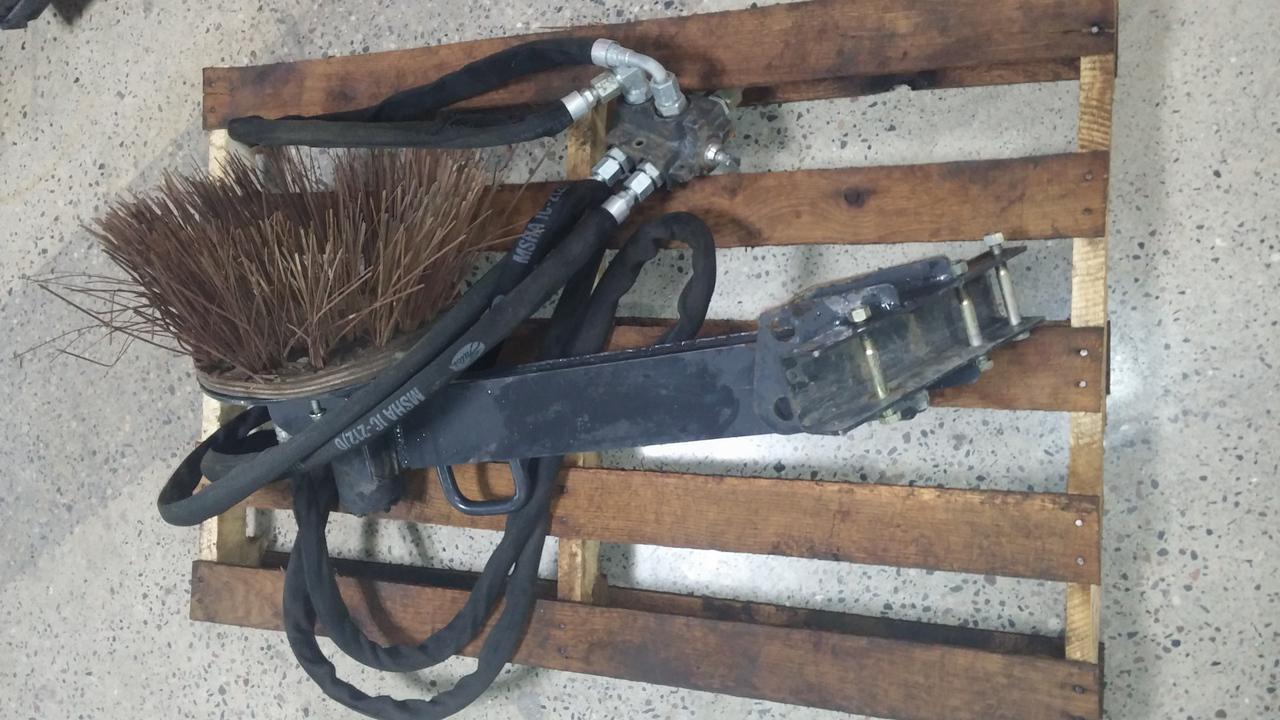 bobcat gutter brush kit 2 - Gutter Brush
