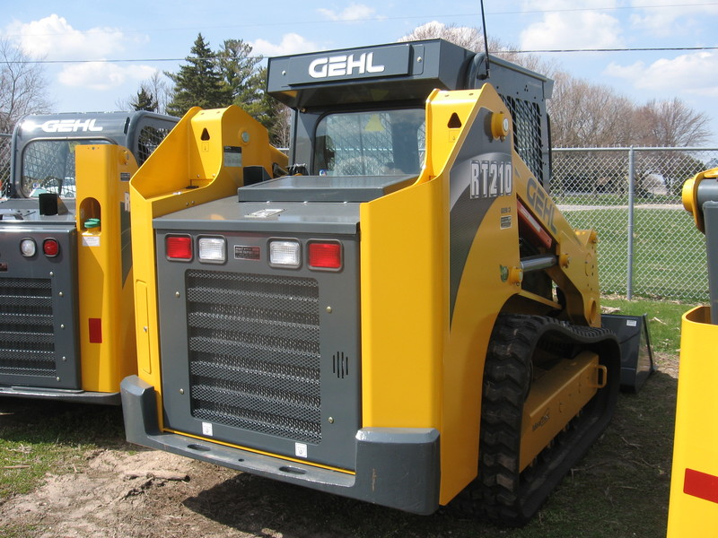 2017 Gehl RT210 GEN3 TRACK LOADER for sale in Big Rock, IL