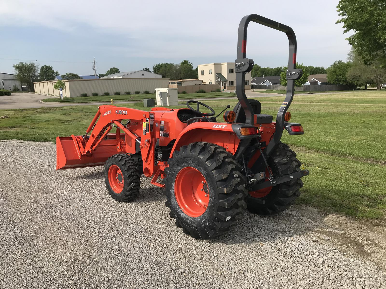 2019 Kubota L3301 HST 4WD for sale in Lawrence, KS