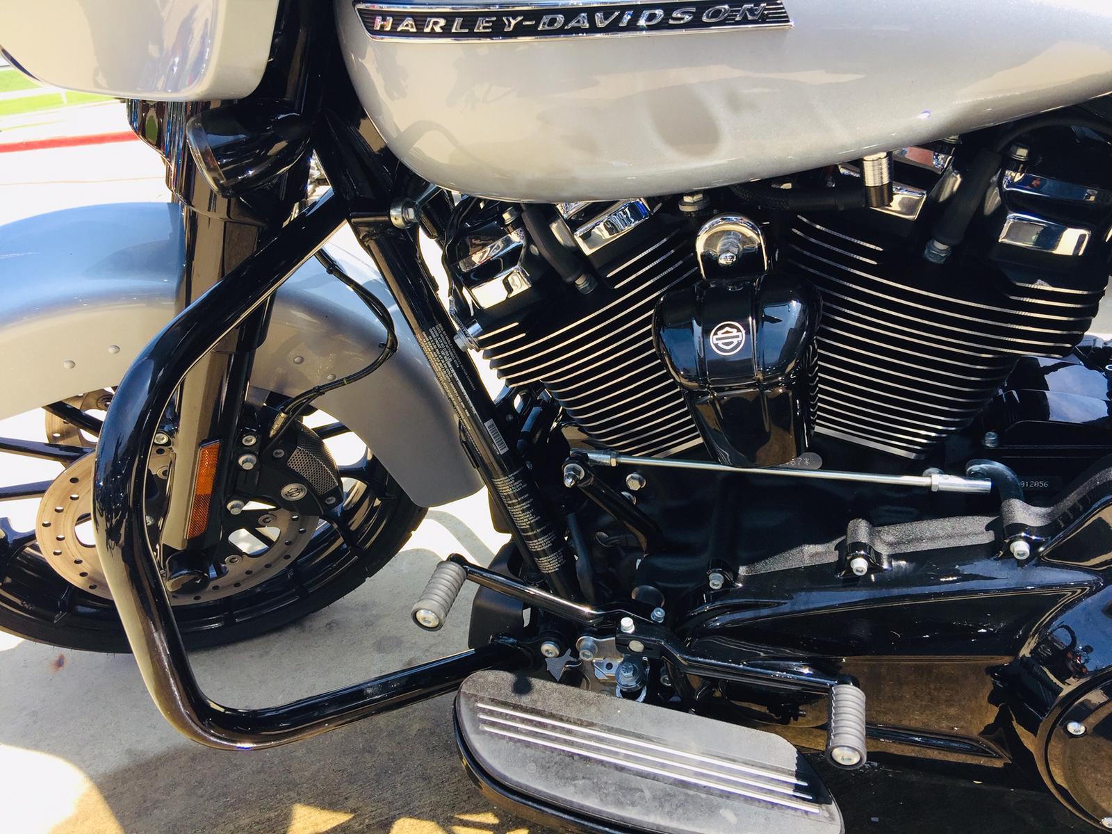 2019 Harley-Davidson® STREET GLIDE SPECIAL