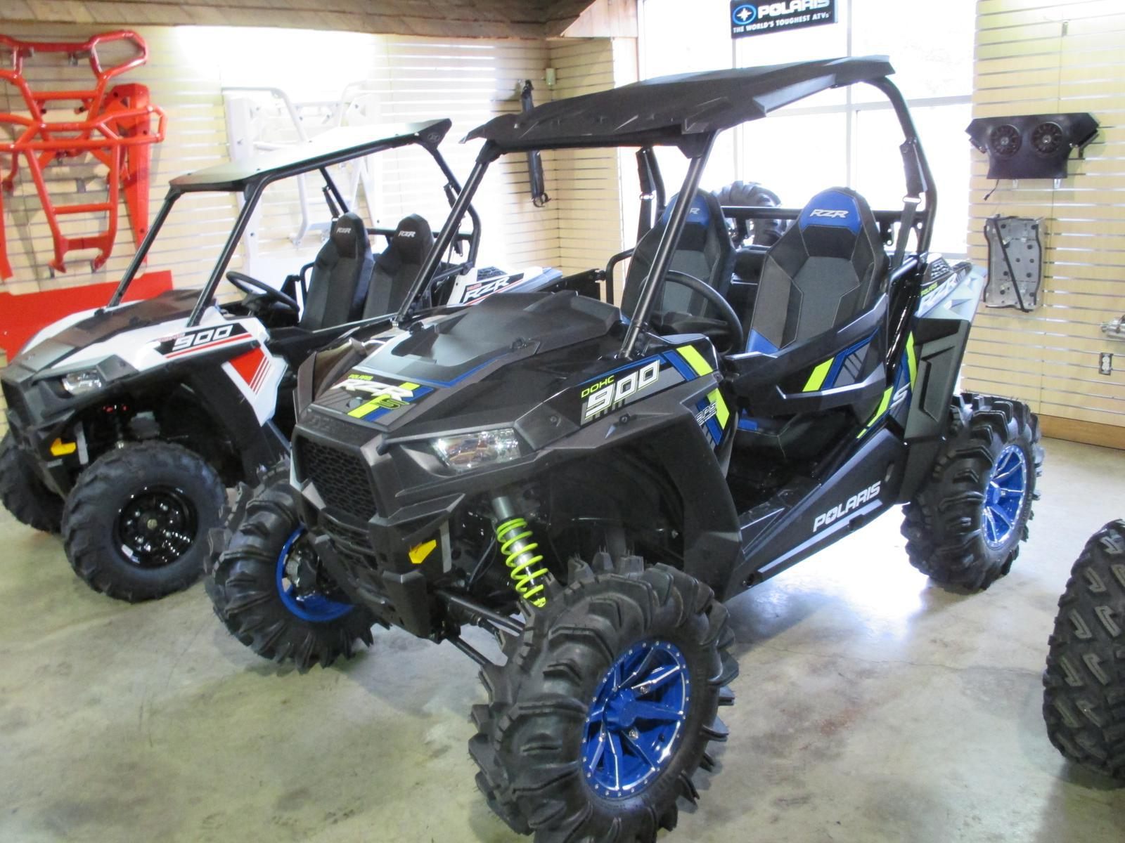 2015 Polaris Industries