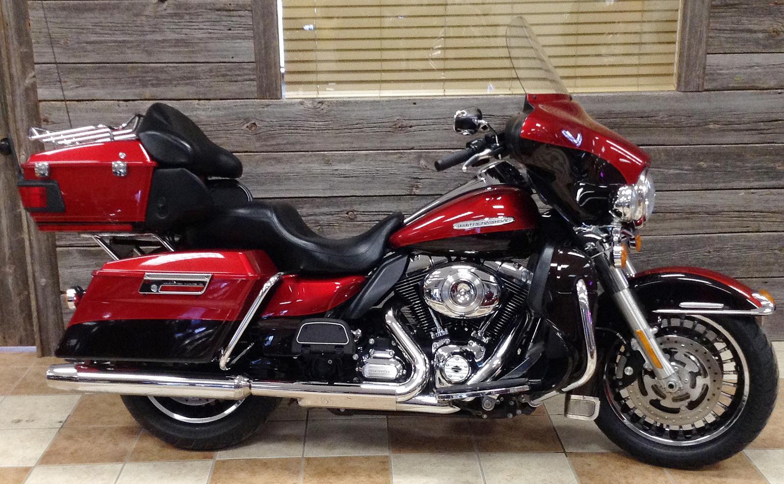 2012 Harley-Davidson® FLHTK Electra Glide® Ultra Limited - Custom Color