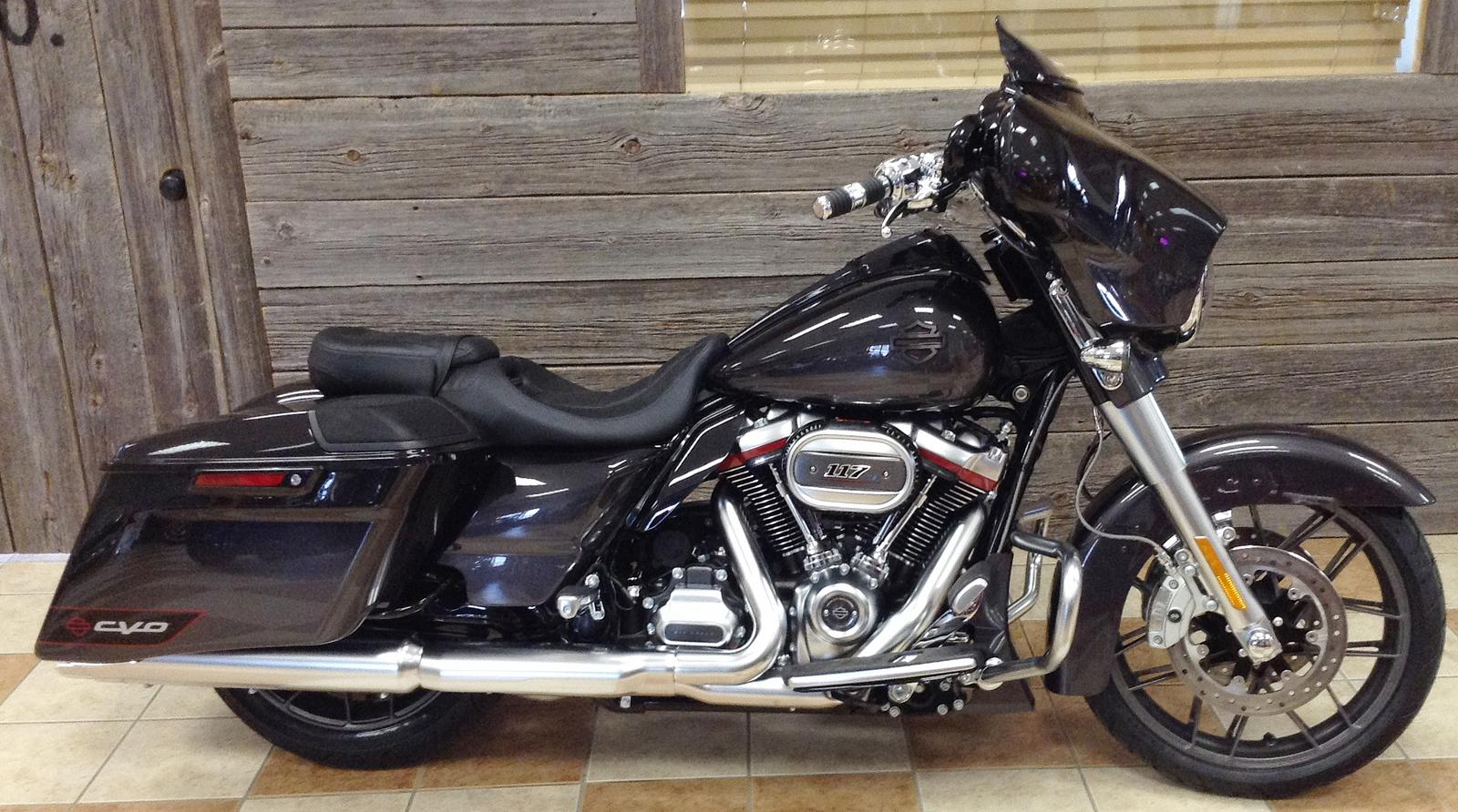 2020 Harley Davidson Cvo Street Glide Custom Color For