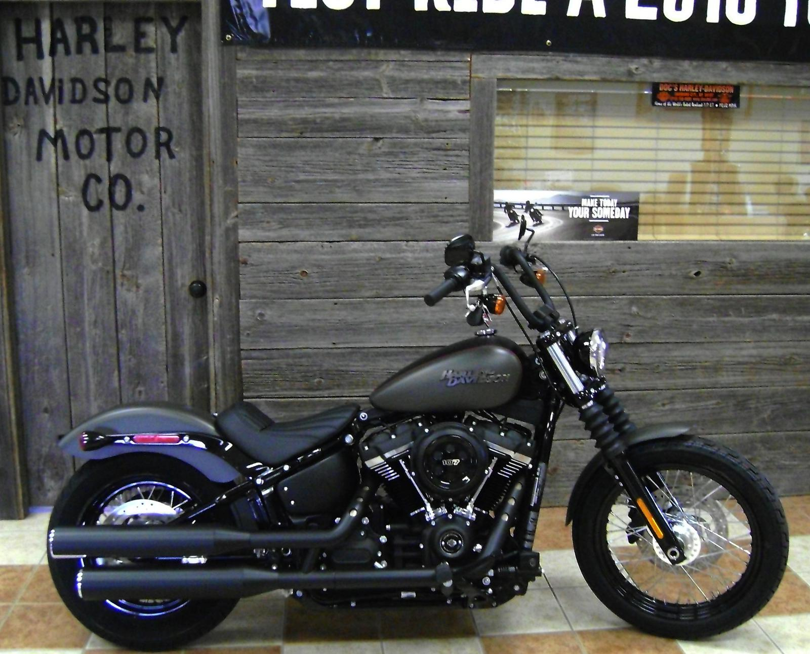 2018 Harley-Davidson® Street Bob® - Two-Tone Option for sale in ...