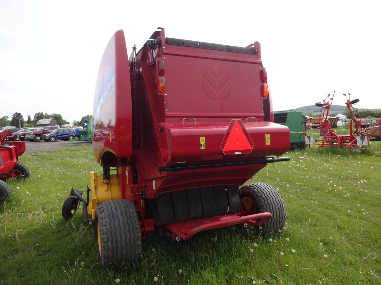 707404 New Holland 450 Round Baler (4) 2016 new holland agriculture 450 for sale in waterville, ny bale command plus wiring harness at mifinder.co