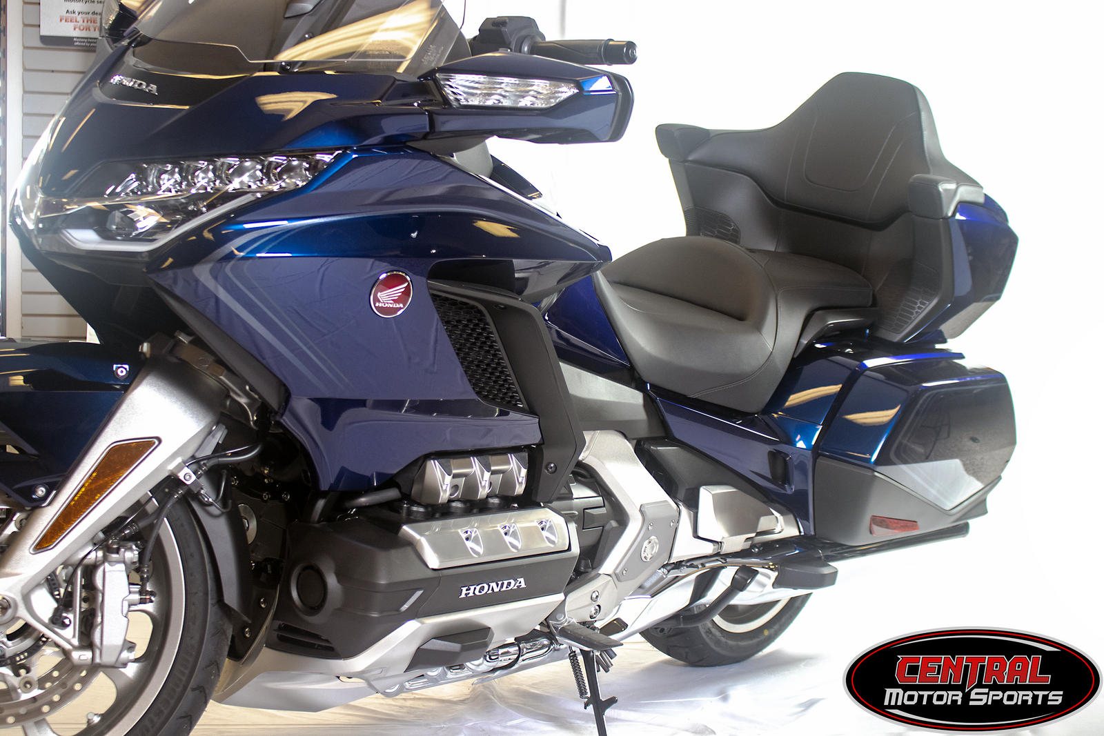 2018 Honda GL1800J - GOLD WING