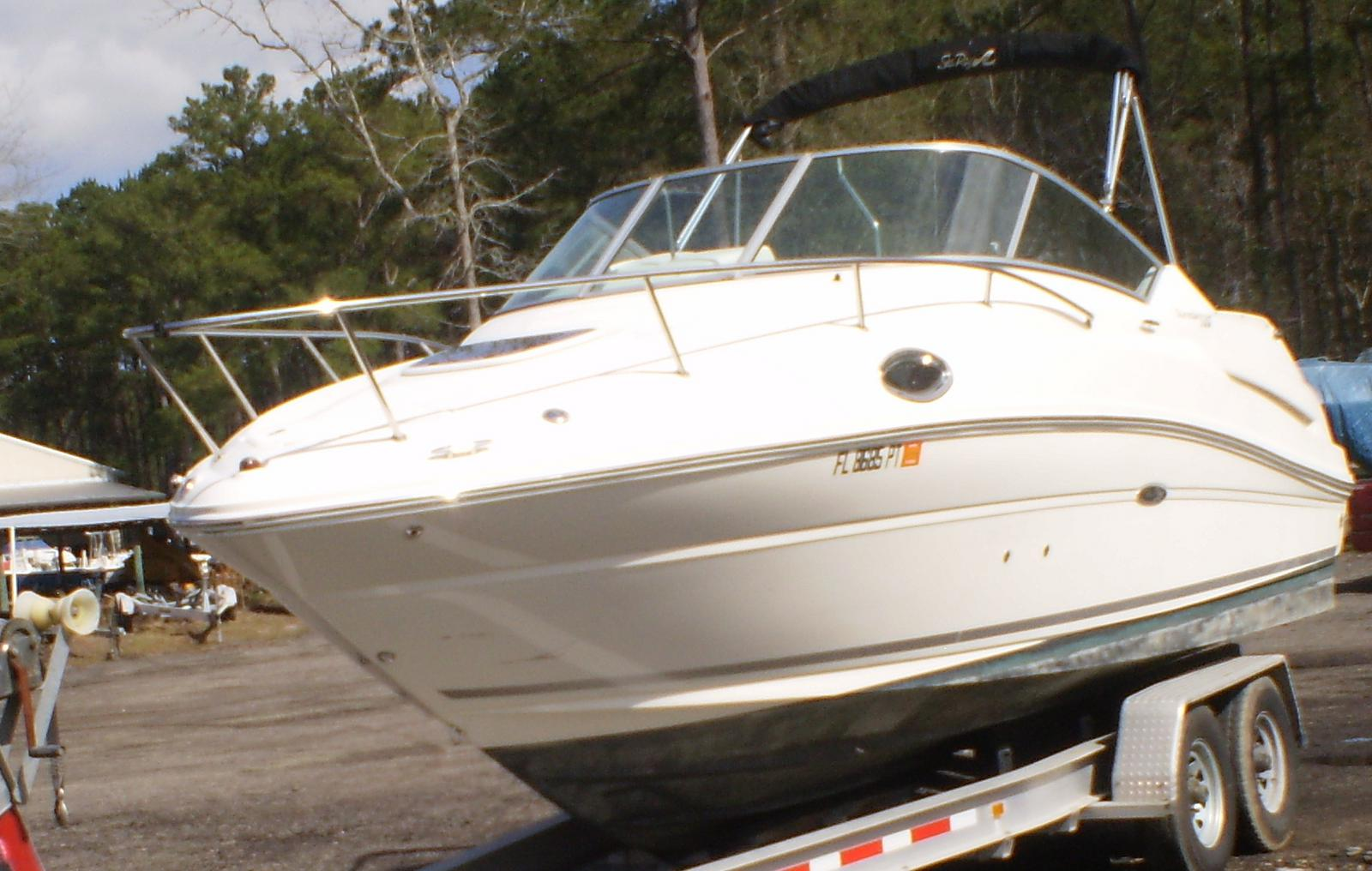 2010 Sea Ray 240 Sundancer® Boat