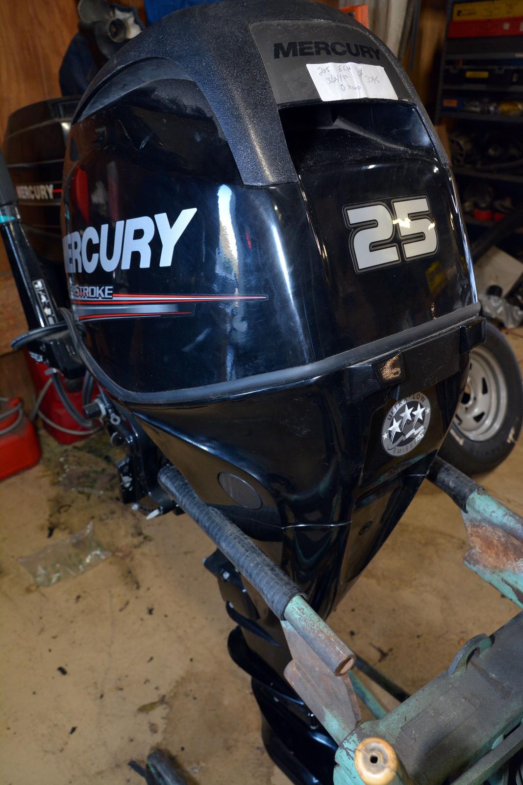 2015 Mercury FourStroke 25 HP EFI - 20 in  Shaft