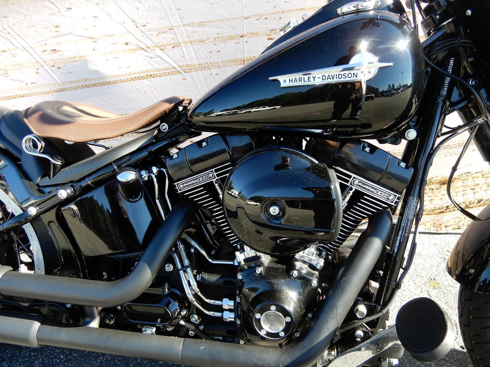 2017 Harley-Davidson® Softail Slim S