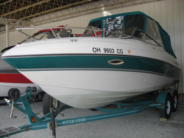 1998 FOUR WINNS SUNDOWNER for sale