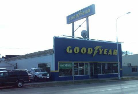 fifth street tire store.JPG