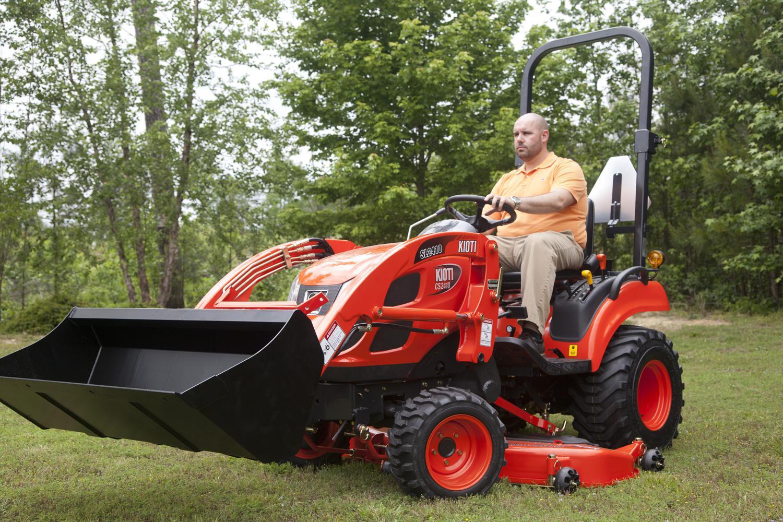Kioti CS2510 HST 4x4 Tractor & Loader for sale in