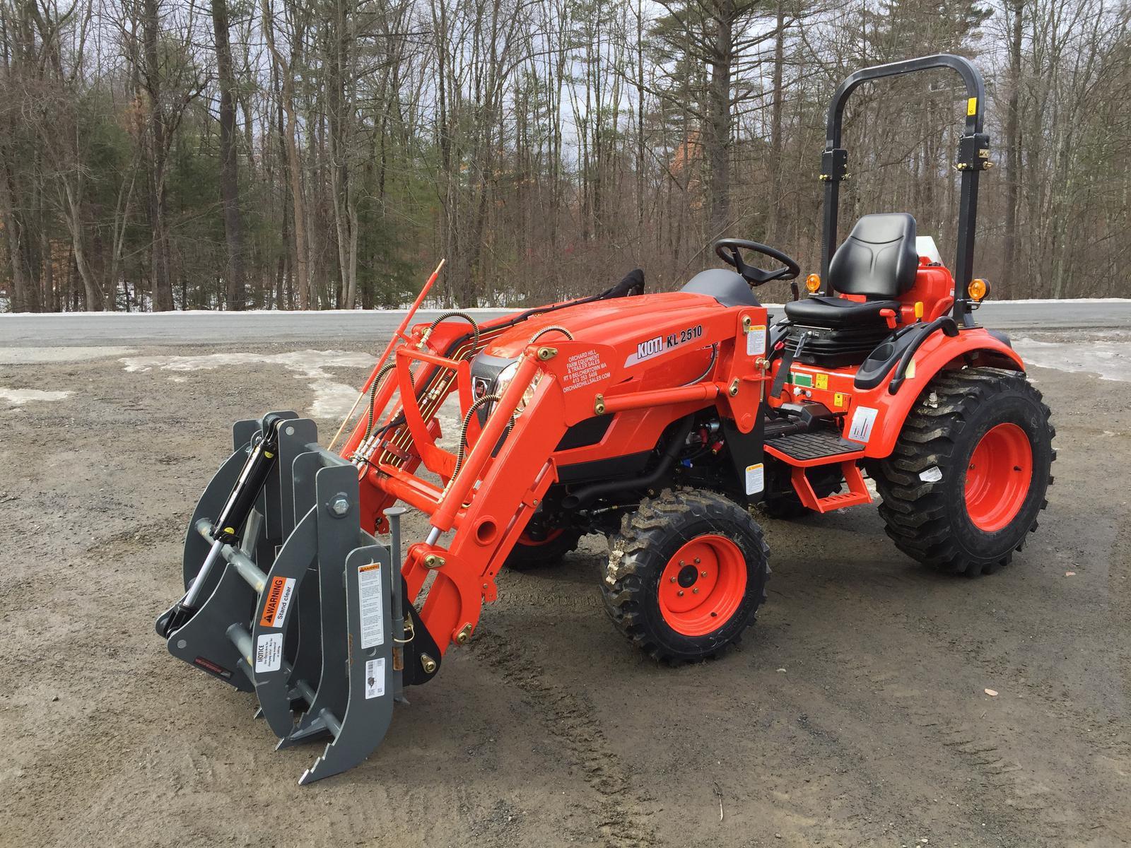 Kioti CK2510 HST Tractor w/ Loader & Grapple for sale in Belchertown