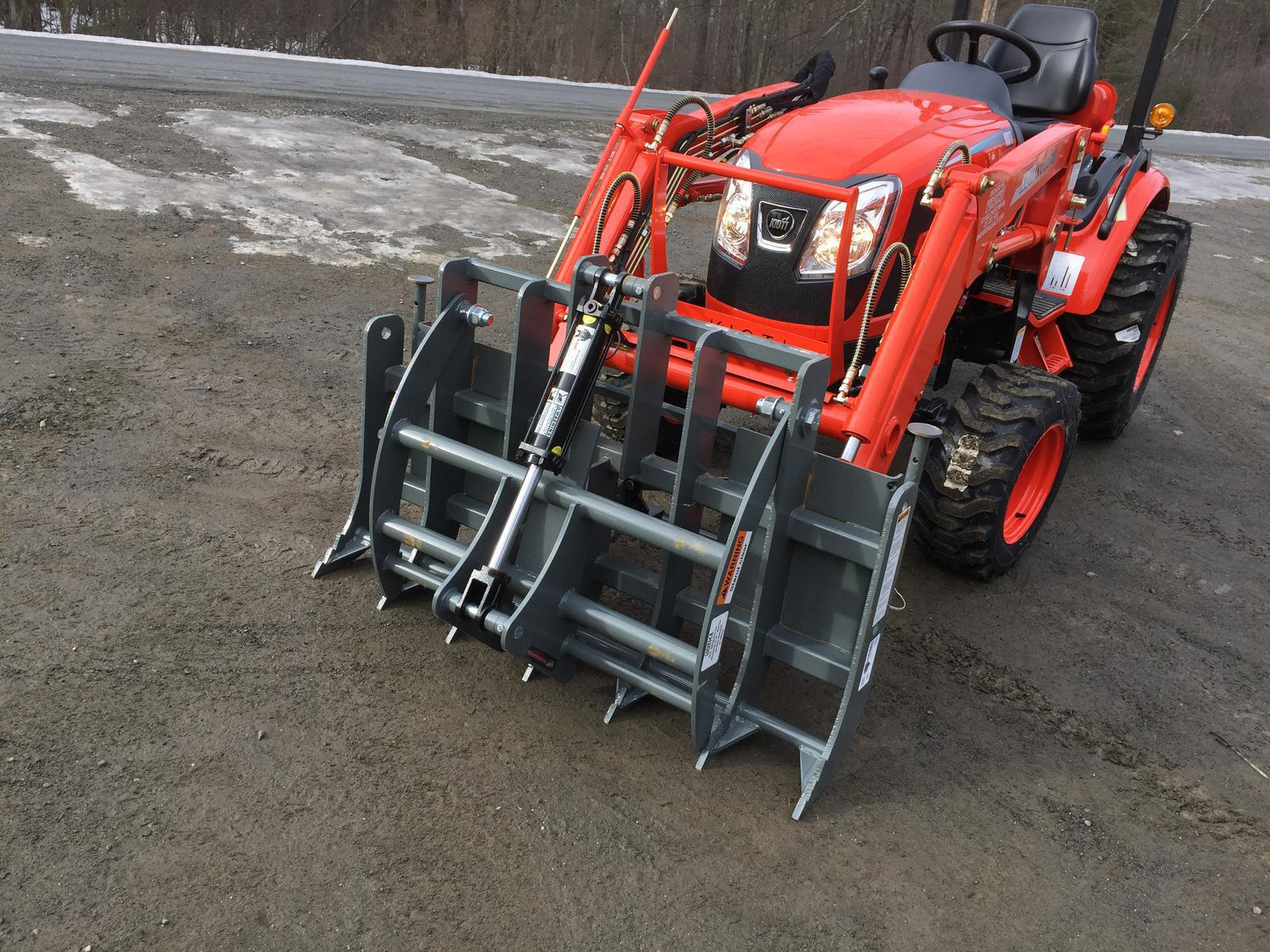 Kioti CK2510 HST Tractor w/ Loader & Grapple for sale in