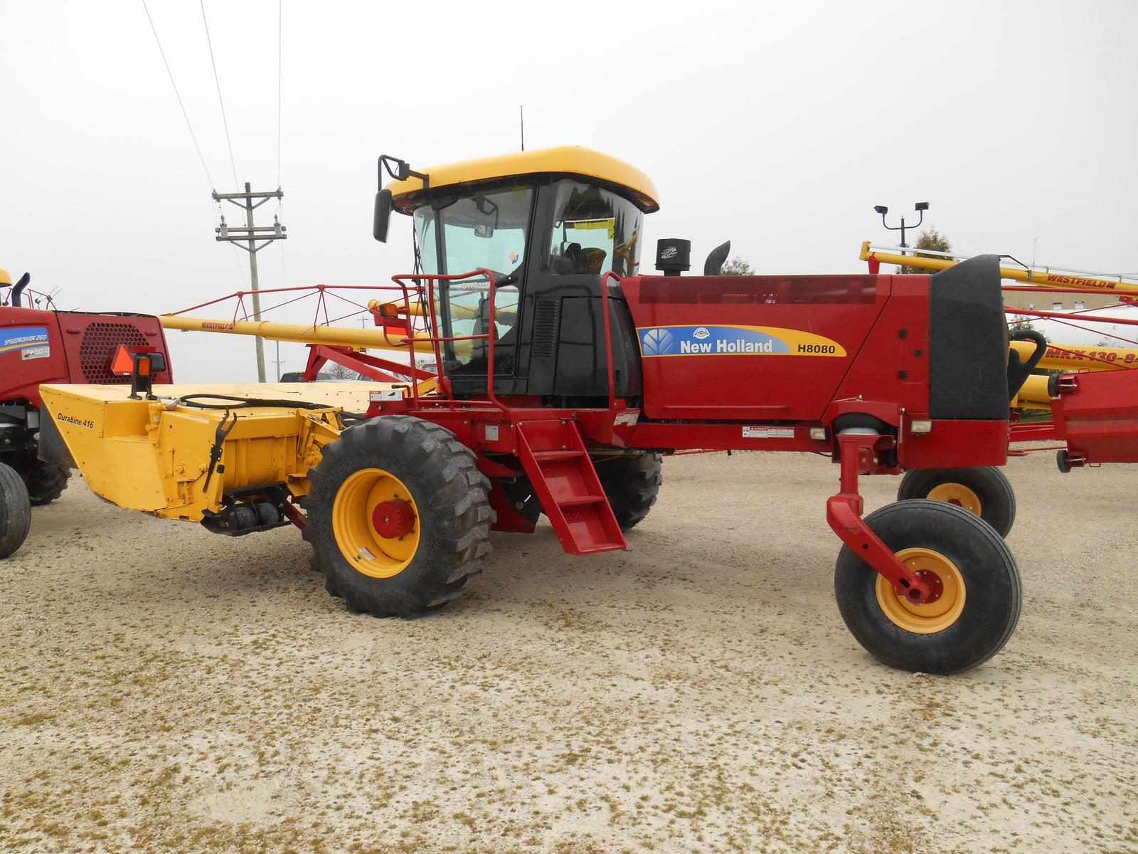 2011 New Holland Agriculture H8000 Series - H8080