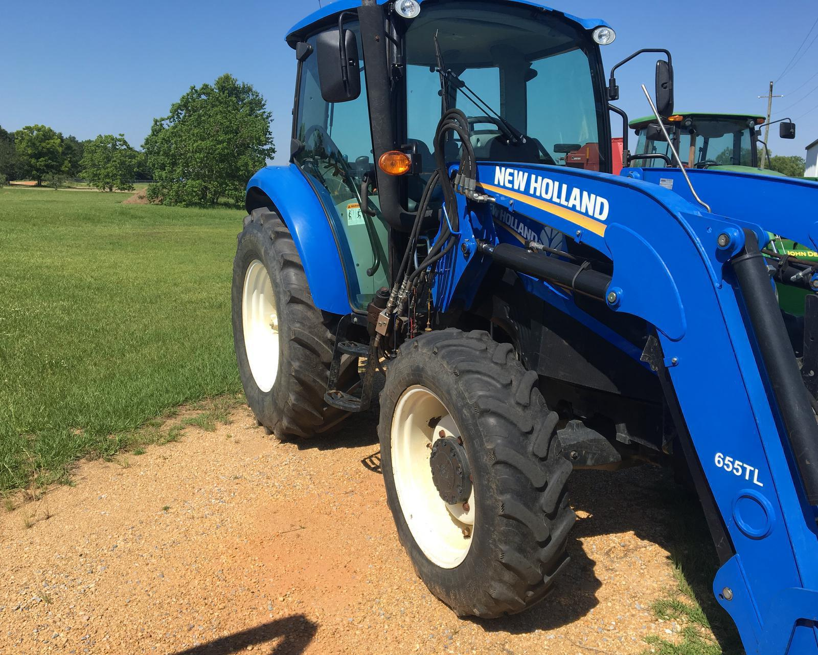 2014 New Holland Agriculture PowerStar T4 75 Cab