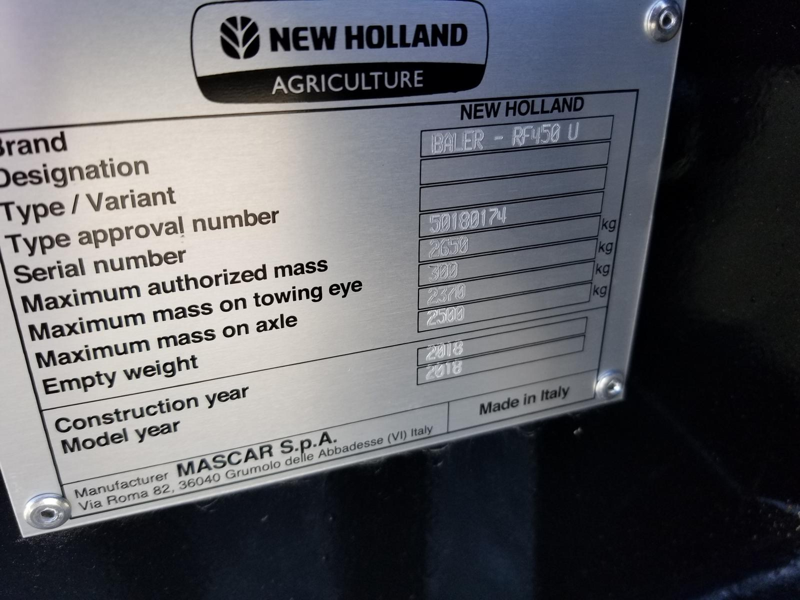 2018 New Holland Agriculture RF Fixed Chamber Round Baler RF450