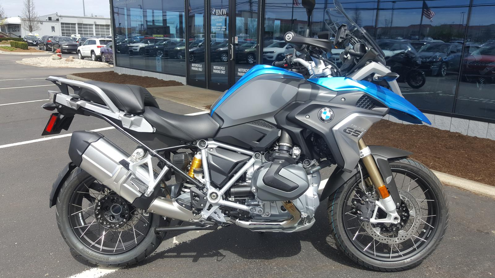 Pleasing 2019 Bmw R1250Gs Ocoug Best Dining Table And Chair Ideas Images Ocougorg