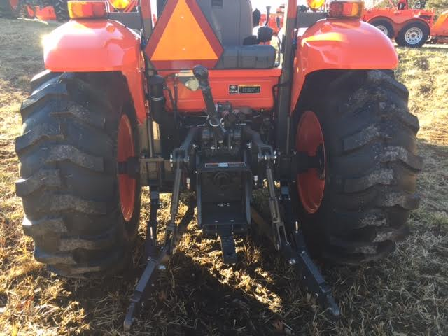 2019 Kubota M7060HD 4WD ROPS Tractor/Loader for sale in