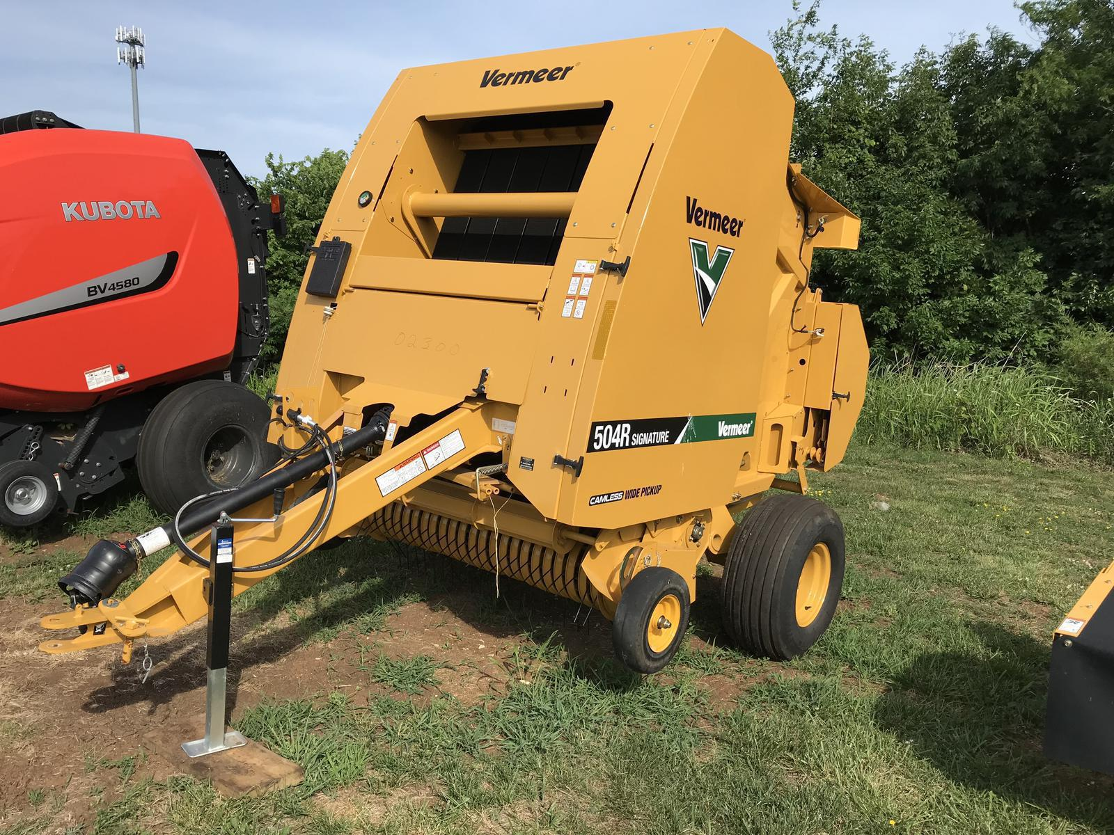 2019 Vermeer 504R Twine Net Ramp for sale in Louisburg, KS