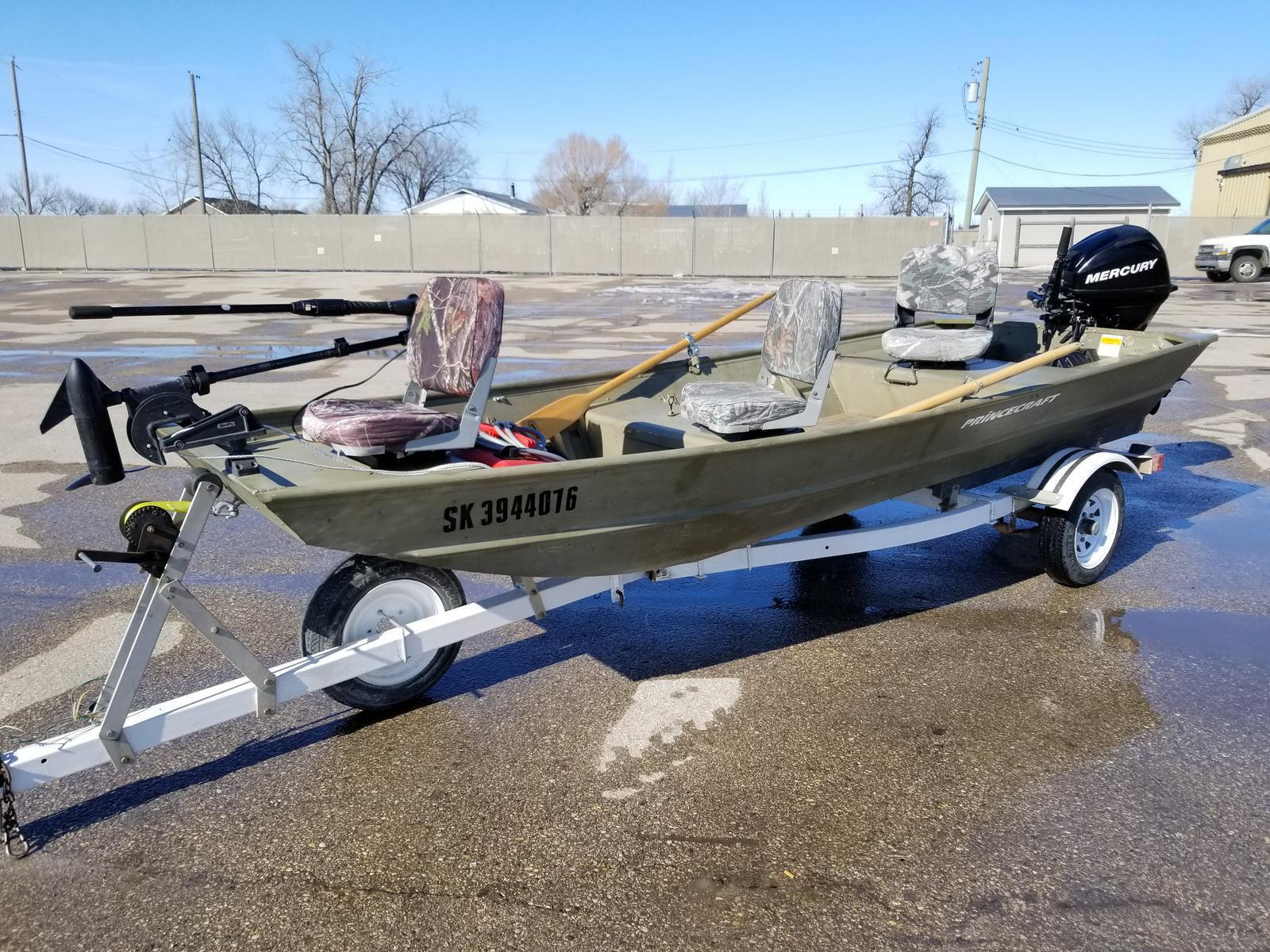 2008 Princecraft JON BOAT PR 1436! INCLUDES TRAILER, SEATS, MOTOR, AND  TROLLING MOTOR! CAN BE WATER TESTED!