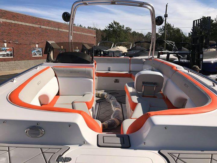 boat head starcraft scx 231 surf edition deck boat muddy bay marine newberry