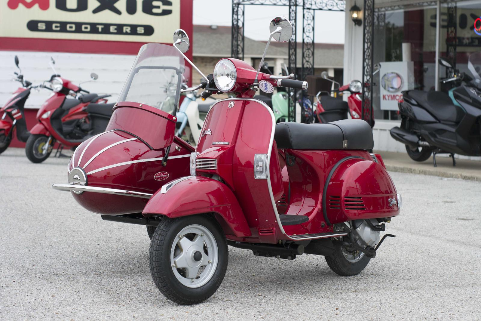 2014 Genuine Scooters Stella Auto Metallic Red With Sidecar For