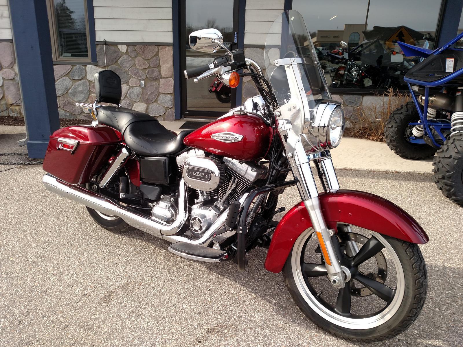 2016 Harley-Davidson® FLD Switchback™