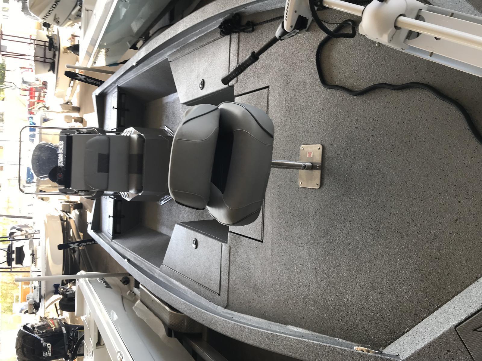 2018 Xpress H24b For Sale In Marrero La The Boat Yard Inc Atlas Jack Plate Wiring Harness Pspv7caxrhup0p71j5wxta Roflveabrdapyqz98x3ksw