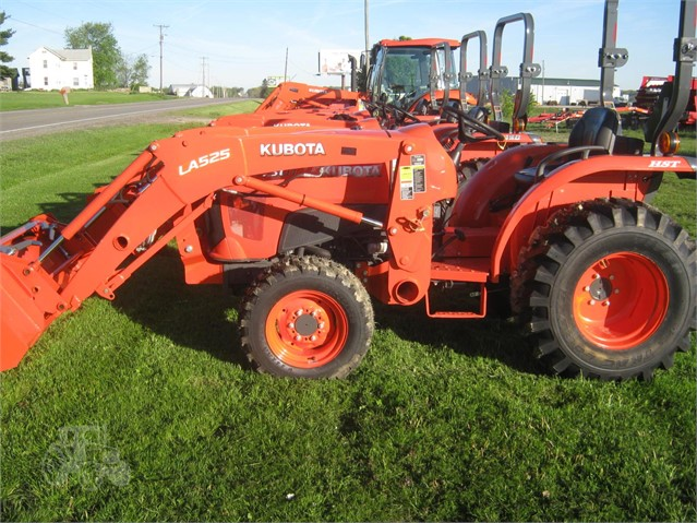 2017 Kubota L3301 HST for sale in Sterling, OH  Sterling Farm Equipment