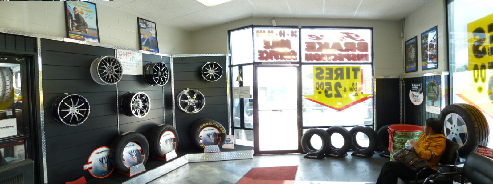 INSIDE ACE TIRE CENTERS of LEMON GROVE