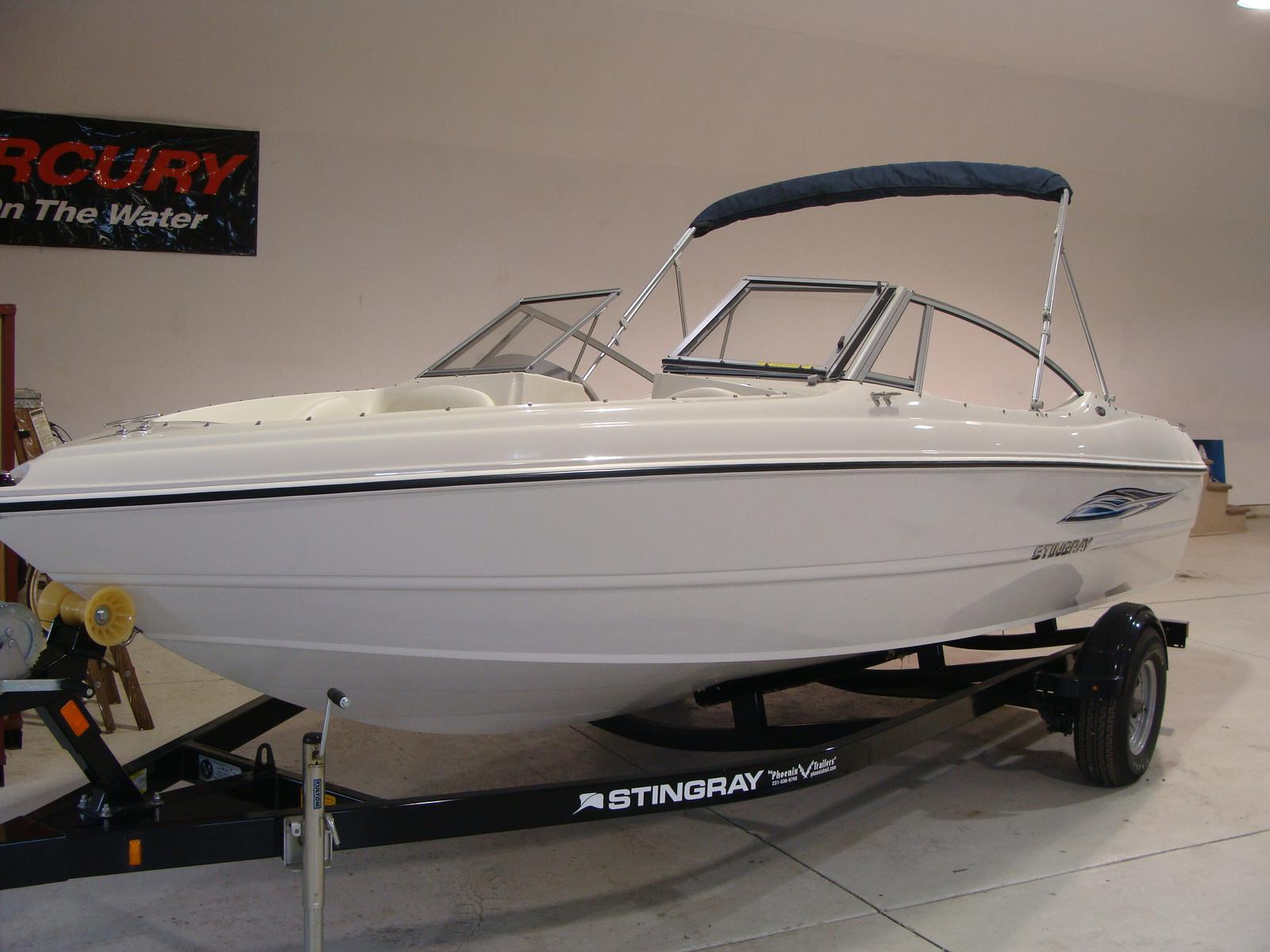 Boats from Regal, Sea Ray, Generation III, Carl Craft and