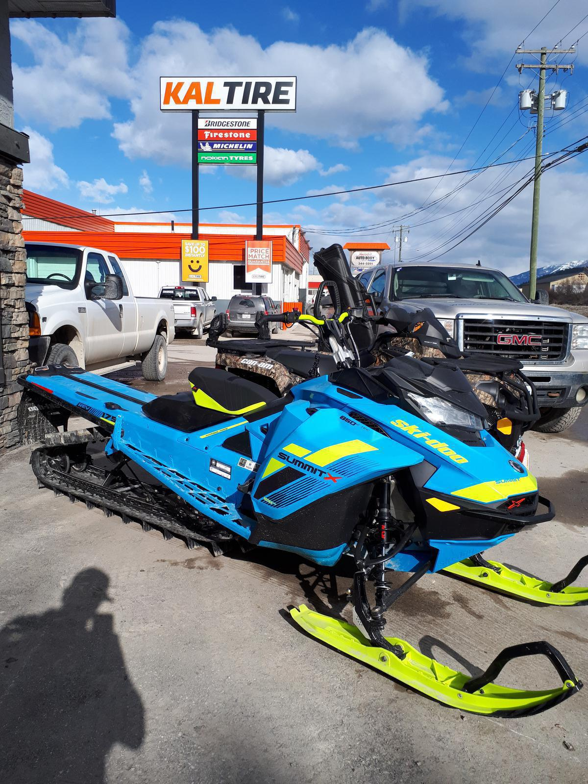 2018 Ski Doo Summit X 850 175