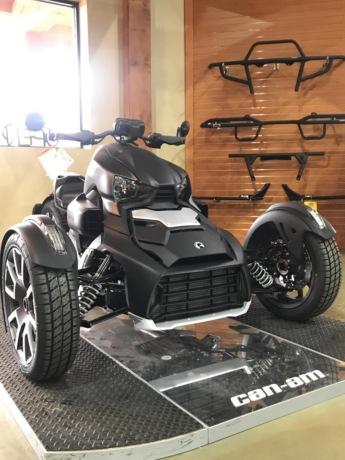 2019 Can-Am RYKER Rally Edition Rotax 900 - Classic Panels