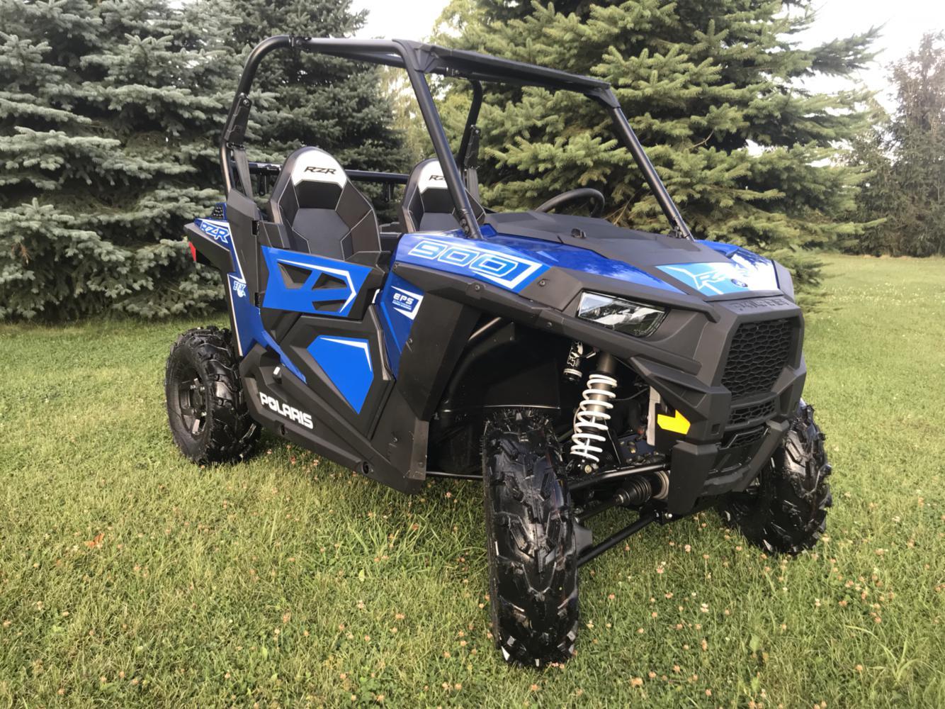 2020 Polaris Industries RZR® 900 FOX Edition Radar Blue