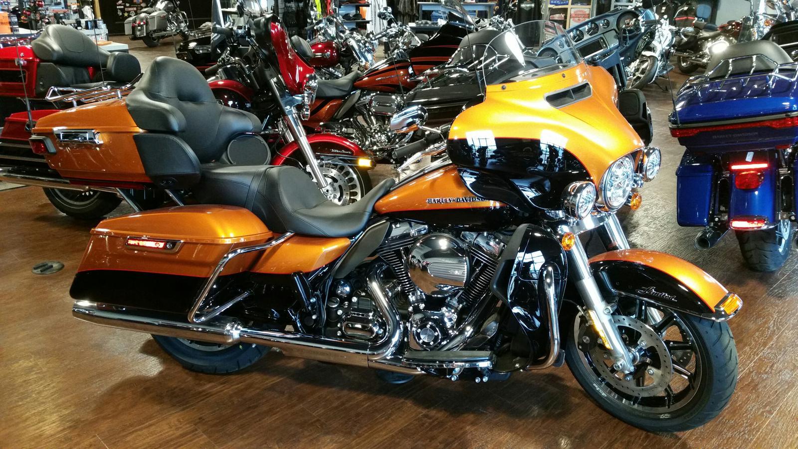 2016 Harley DavidsonR FLHTKL Ultra Limited Low