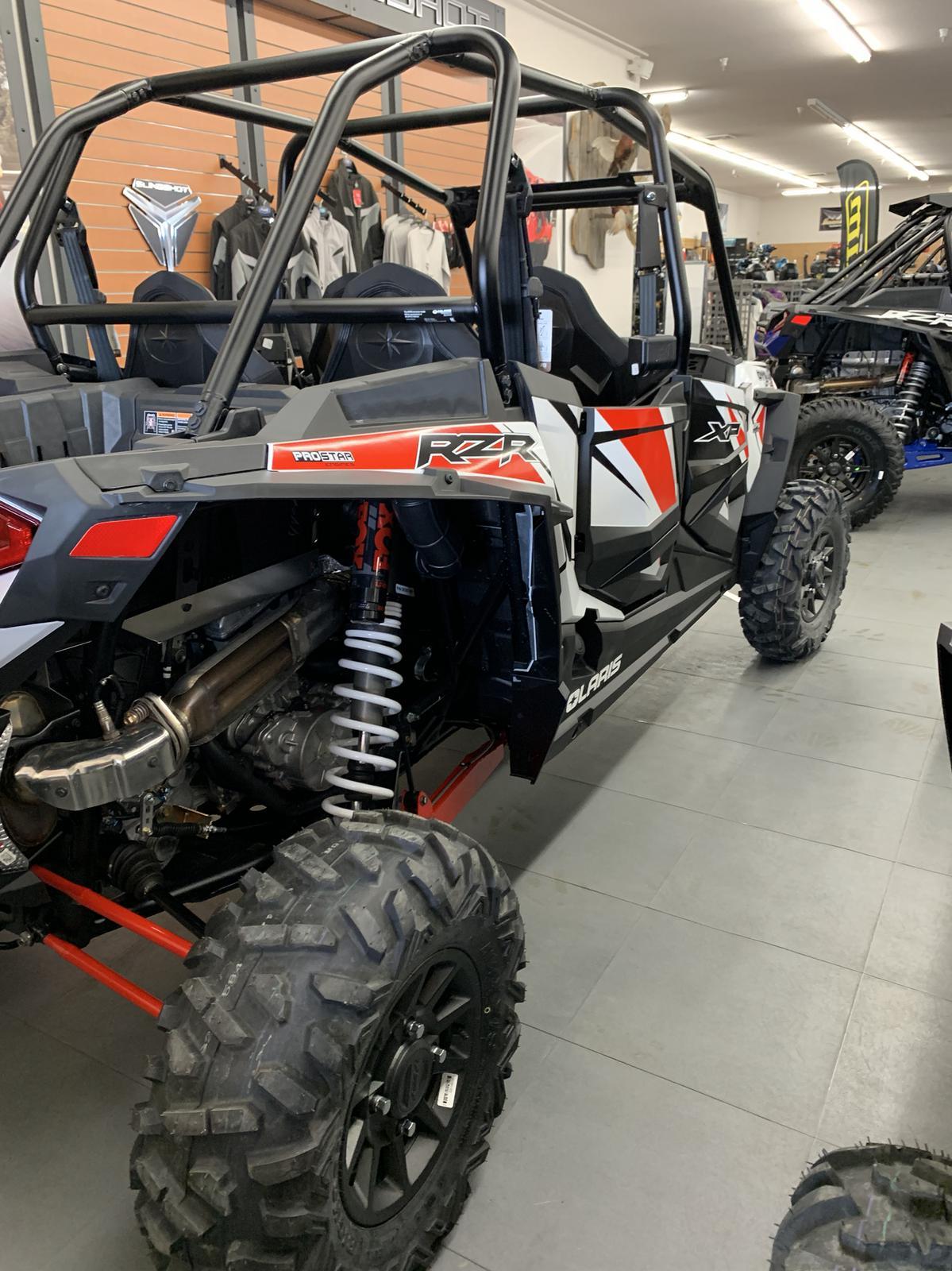 2019 Polaris Industries RZR XP® 4 1000 DYNAMIX - White