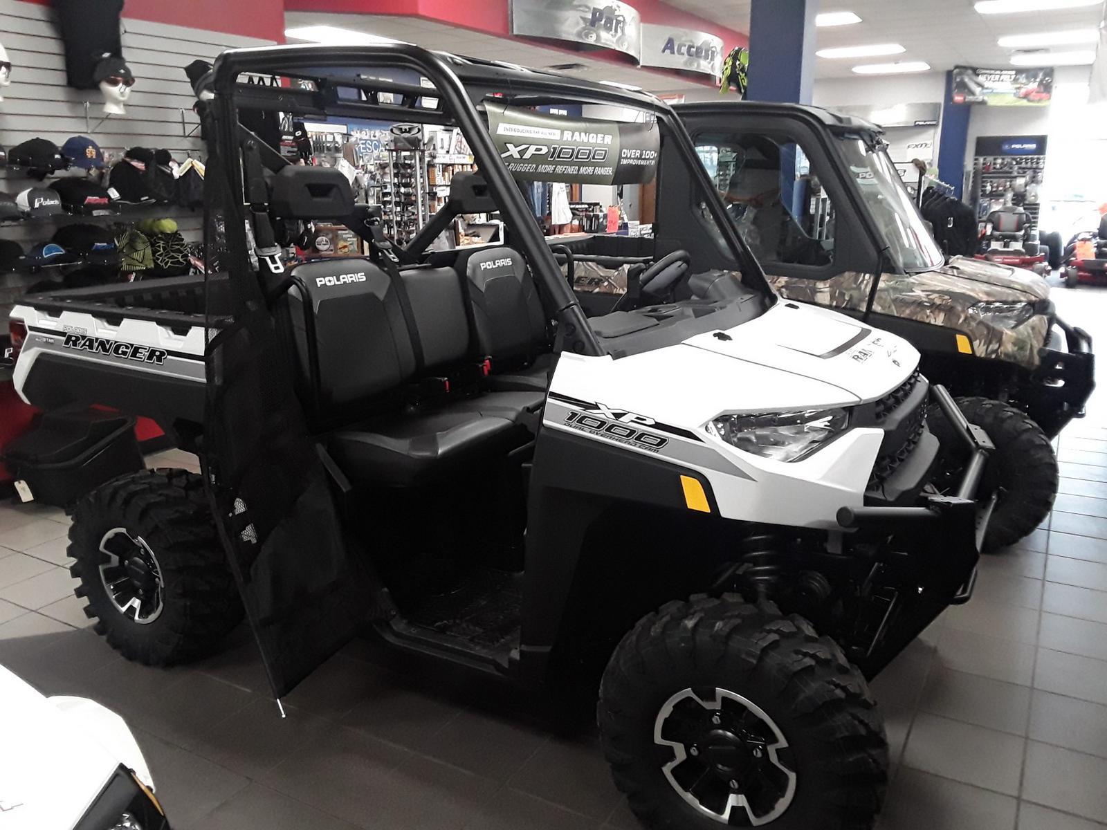 2019 Polaris Industries RANGER XP® 1000 EPS Premium - Pearl