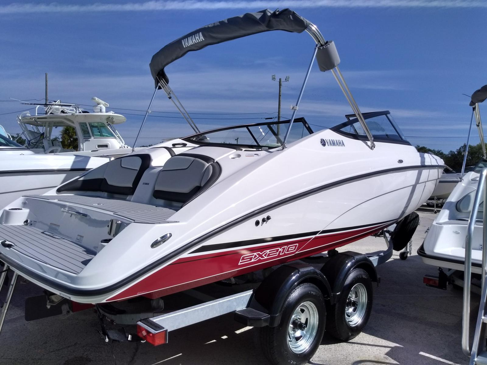 2018 Yamaha SX210 for sale in Rockledge, FL. Boaters Exchange