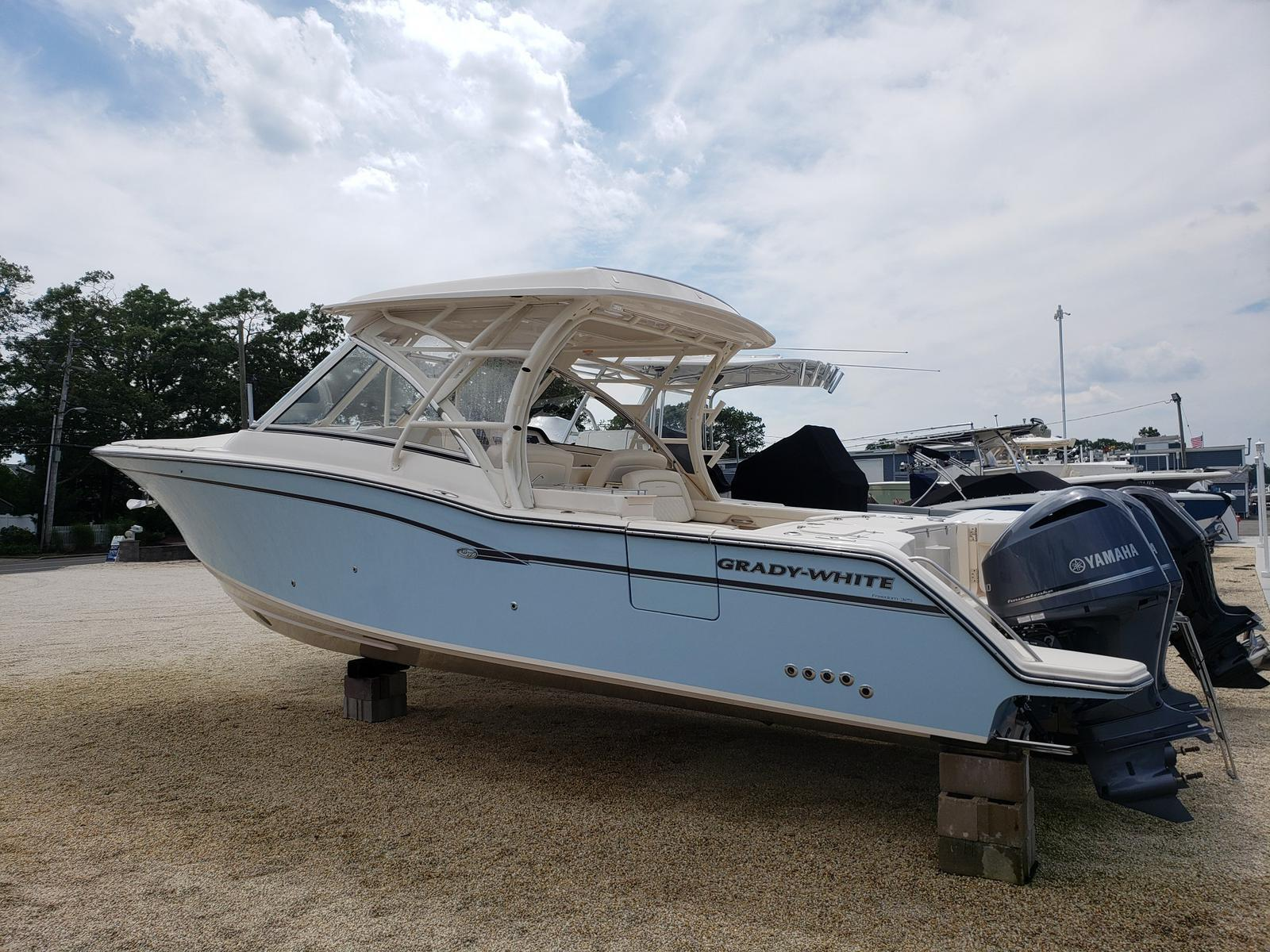2019 Grady-White FREEDOM 325 for sale in Brick, NJ  Comstock Yacht